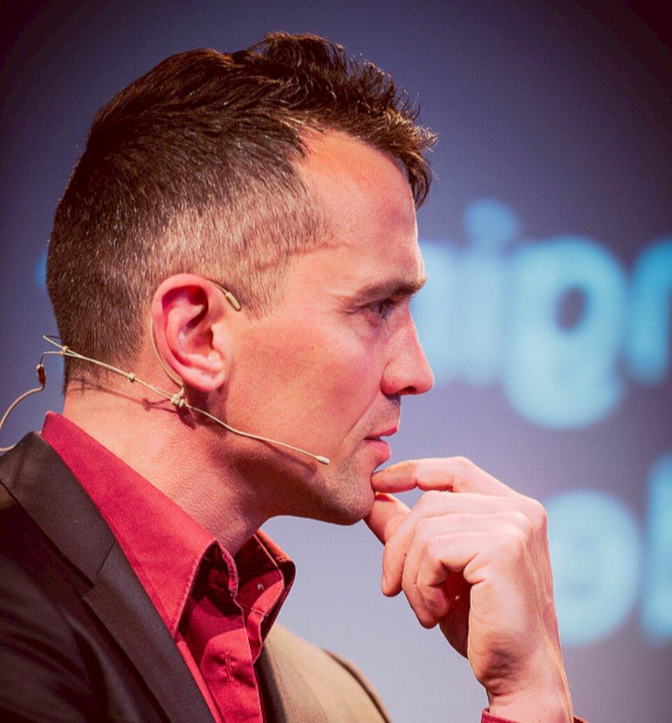Chris van 't Hof