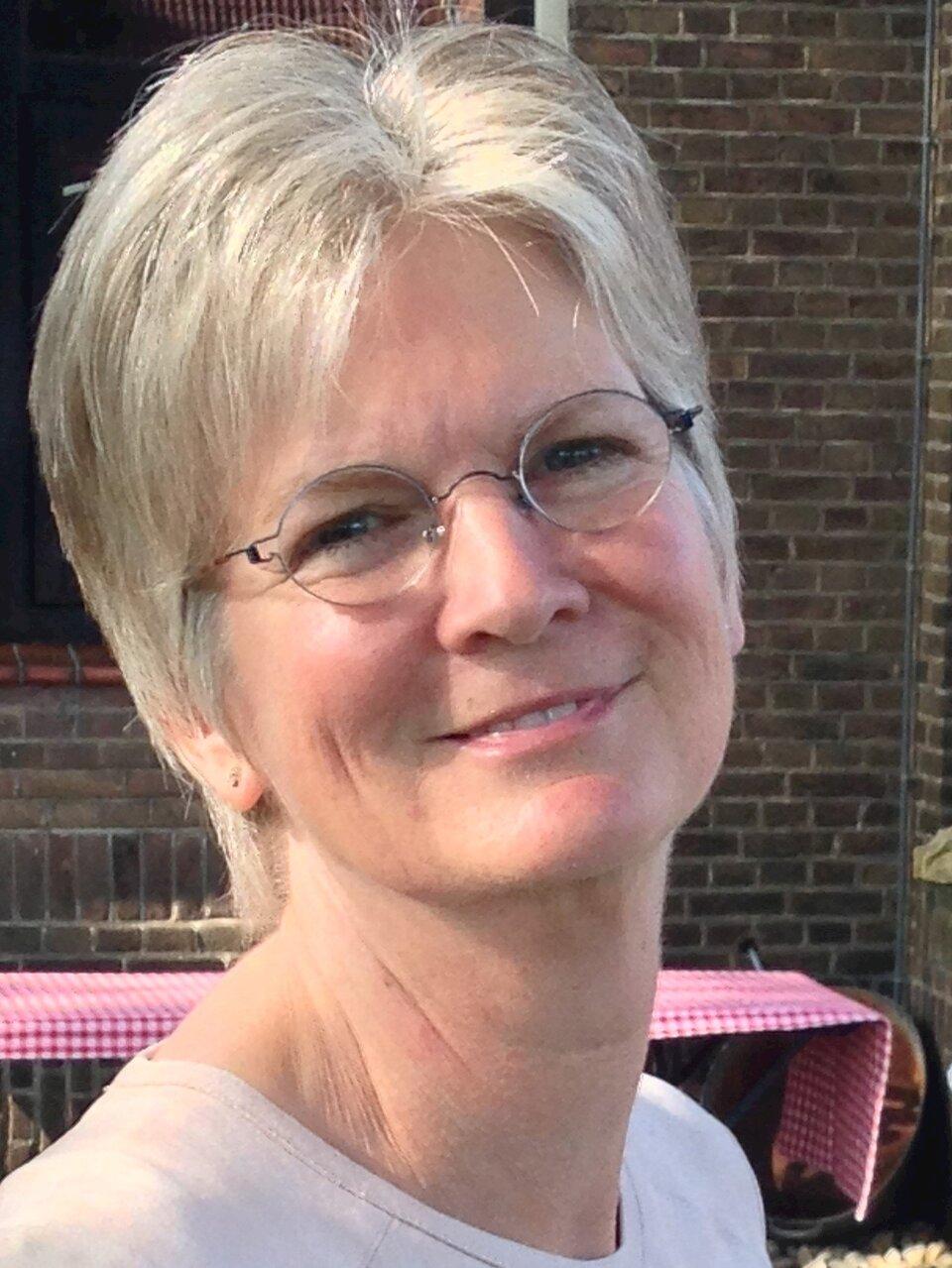 Ellen W.  de Groot